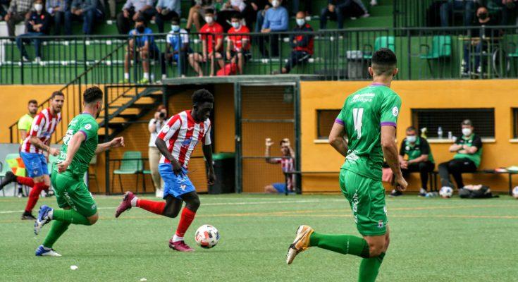 Lay superando en velocidad a David Ordóñez.